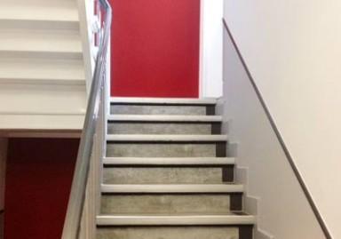 Gestaltung und Renovierung Treppenhaus